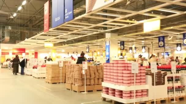 Velký supermarket interiér