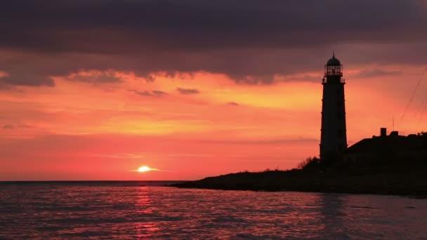 Schöne seelandschaft mit einem Leuchtturm