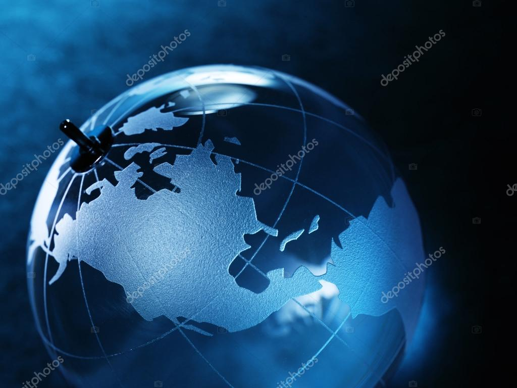 Bola de cristal con mapa del mundo fotos de stock irochka 72083329 glass ball with a picture of a world map on vintage paper background foto de irochka gumiabroncs Images