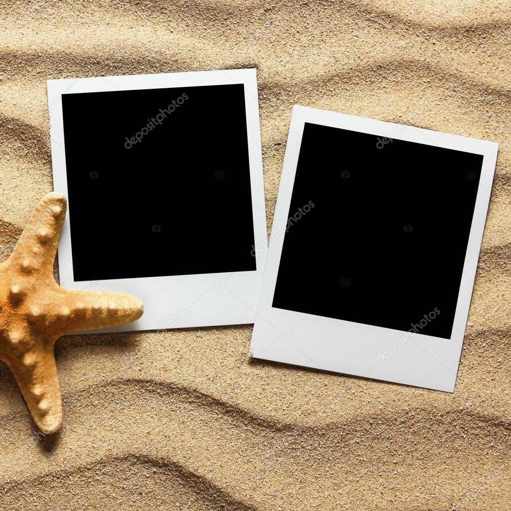 Bilderrahmen auf Sand Hintergrund — Stockfoto © Irochka #94681542