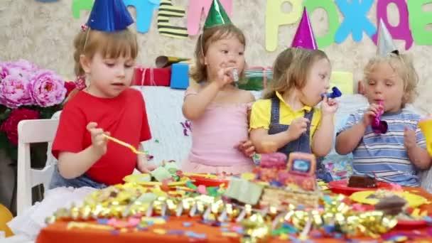 děti na narozeninovou oslavu