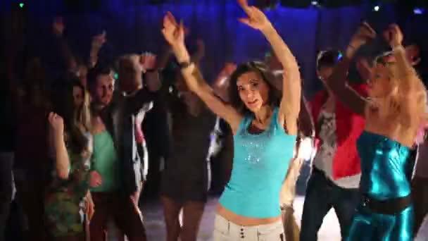 Muži a ženy, tanec