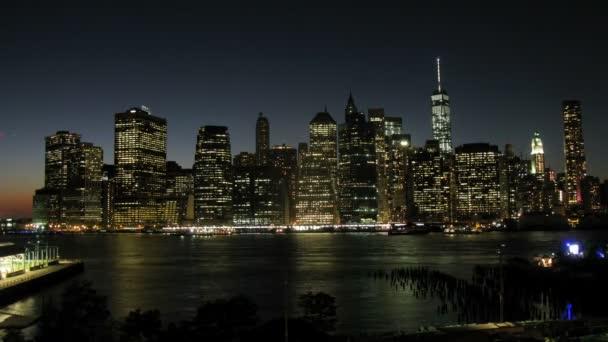 panorama Manhattanu v noci