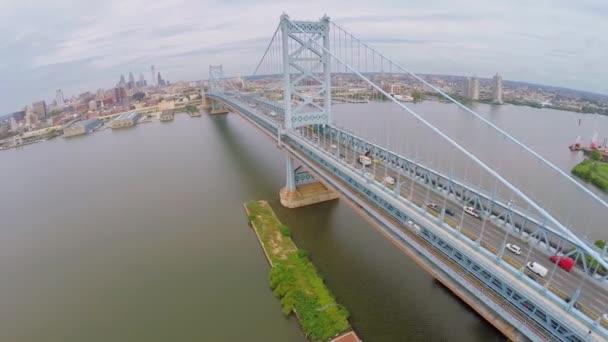 Provoz vozidel na Benjamin Franklin most