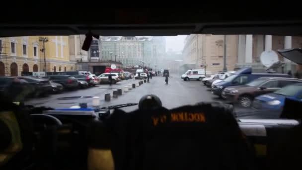 Hasiči jezdí na Bolshoi Theatre