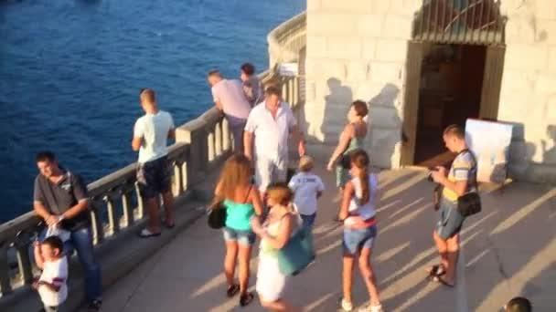 Tourists near Castle Swallows Nest
