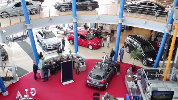 Automobily Mercedes v Avilon