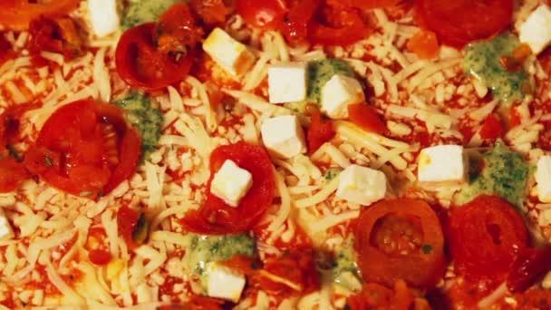 Velké šťavnaté pizzy