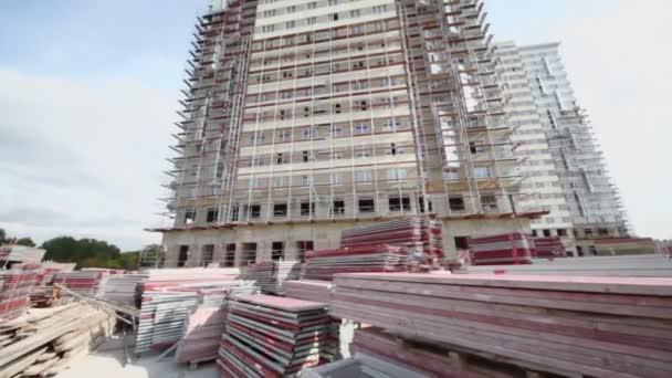 Stavebních materiálů na staveništi