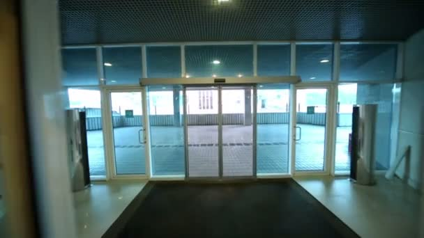 Walk Through Entrance Automatic Door Stock Video Pahal 65183167