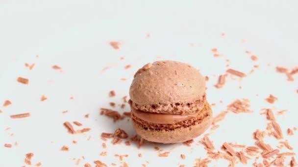 Čokoládové drobky připadá na houbičku