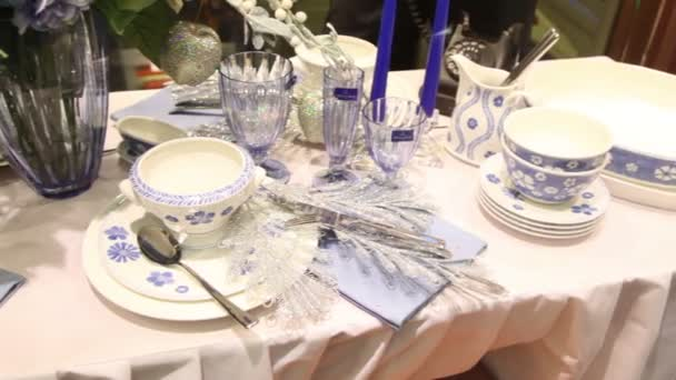 Silverware, vases and glasses, table service
