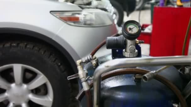 Plynová láhev s tlakem