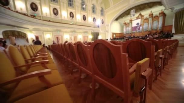 Počet křesel v Moskevské konzervatoře Čajkovského