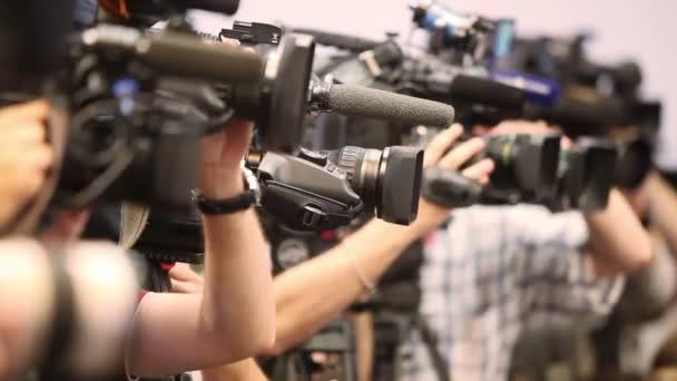 Video-Operatoren mit Camcordern