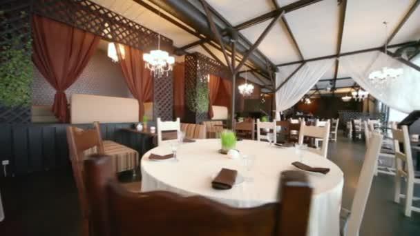 prázdné útulná restaurace s zajímavý design