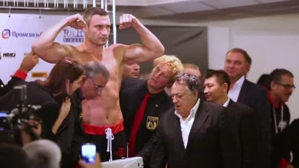 Weighing boxer Vitali Klitschko