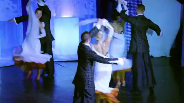 Adult dancing pairs at White Ball