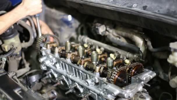 auto-mechanika opravování automobilů