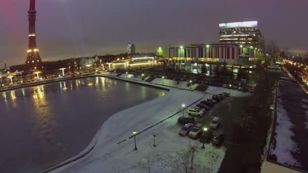Městský provoz poblíž Ostankinskaya televizní věž