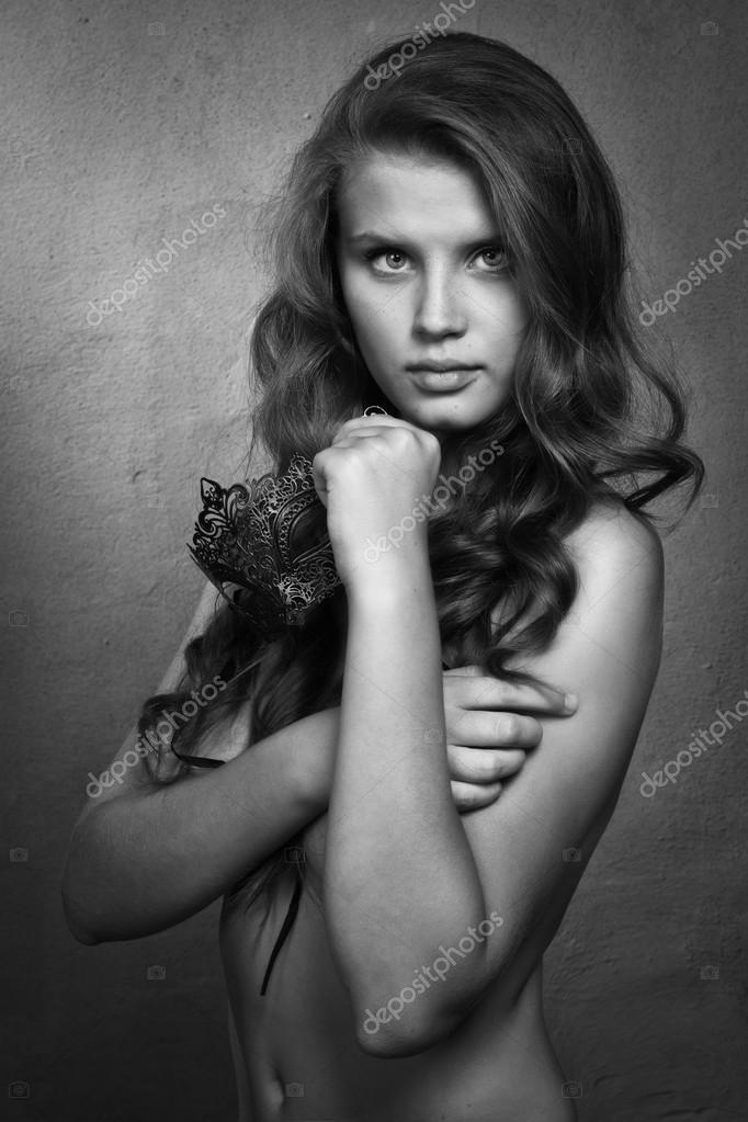 Девушки топлесс модели — img 2