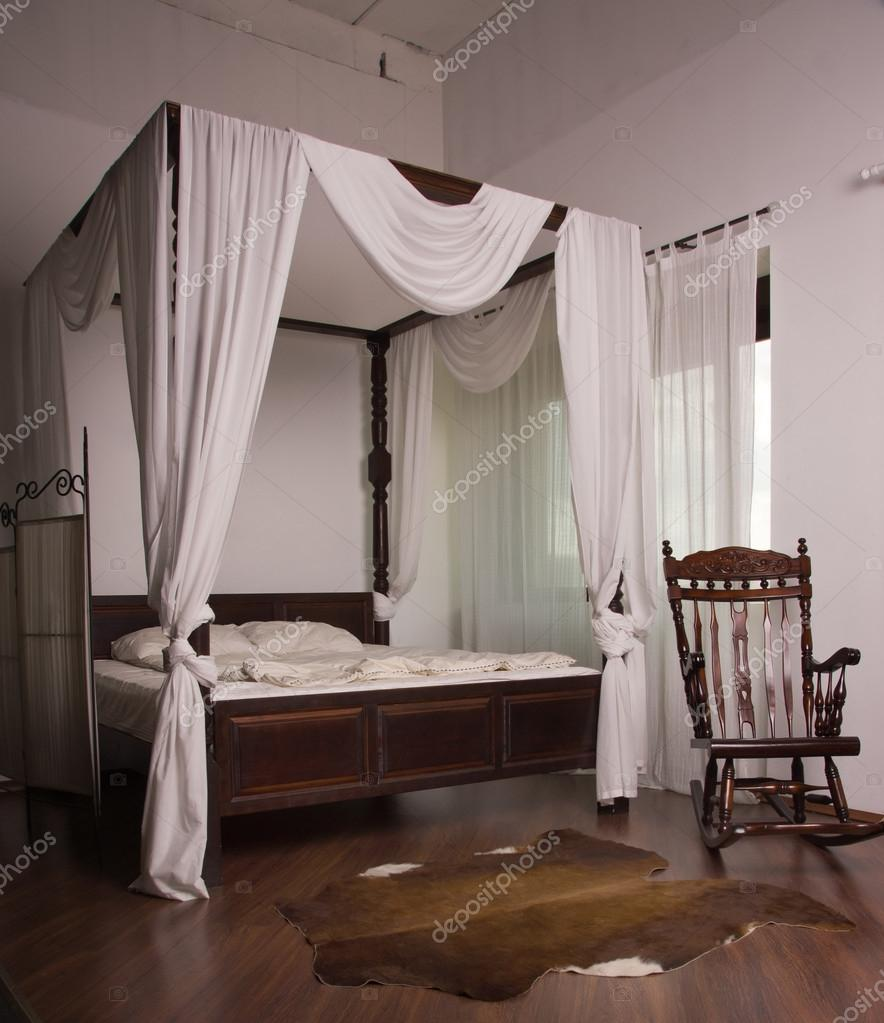 Schlafzimmer im Vintage-Stil — Stockfoto © Demian #54626873