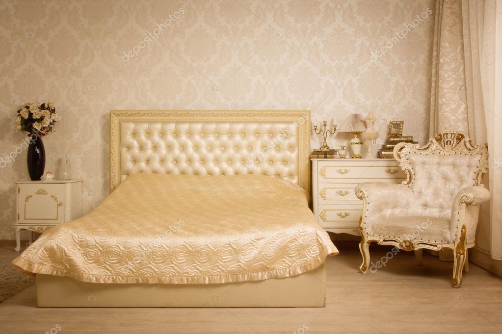 Schlafzimmer im Vintage-Stil — Stockfoto © Demian #54956961