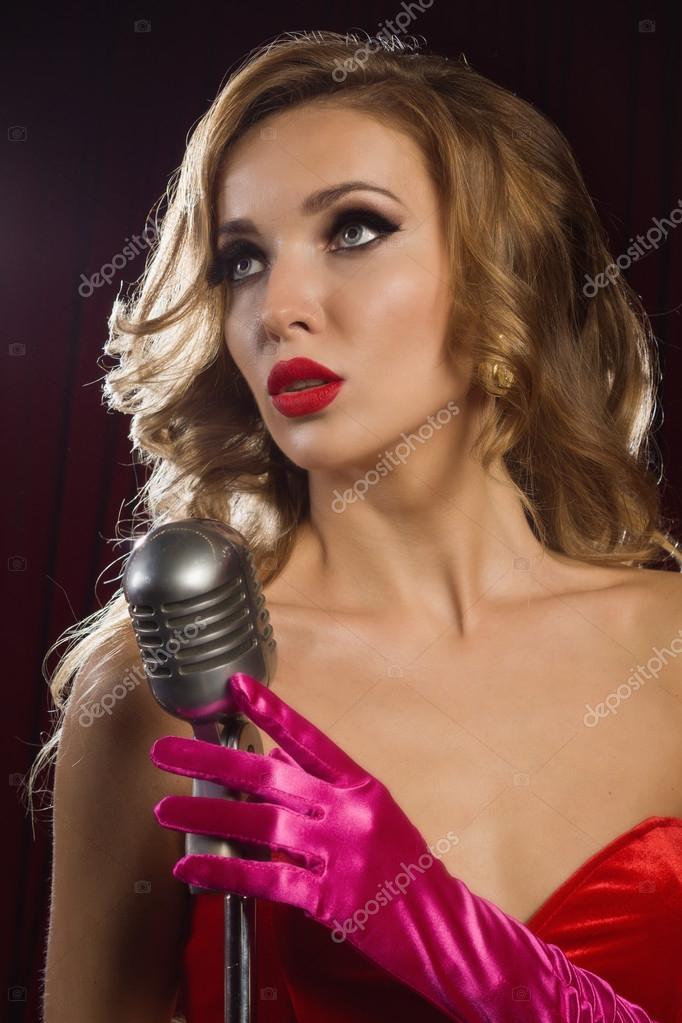 Zingen met microfoon online dating