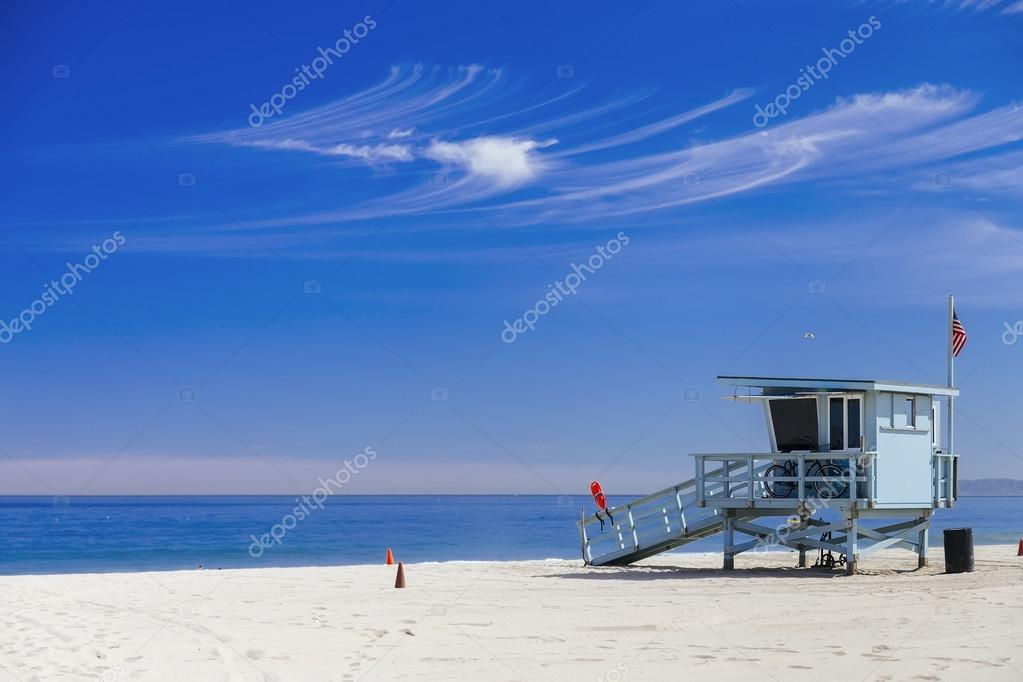 Lifeguard station with american flag on Hermosa beach, instagram