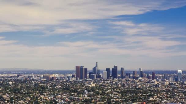 Los Angeles downtown, madártávlatból napsütéses napon, timelapse