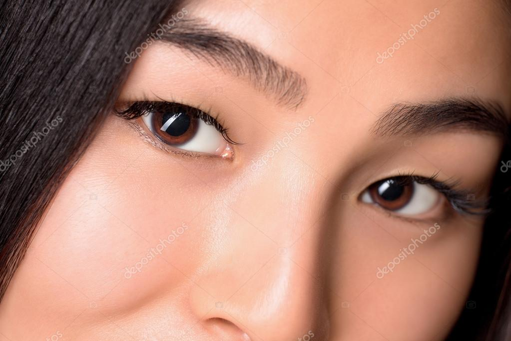 Asian looking eyes
