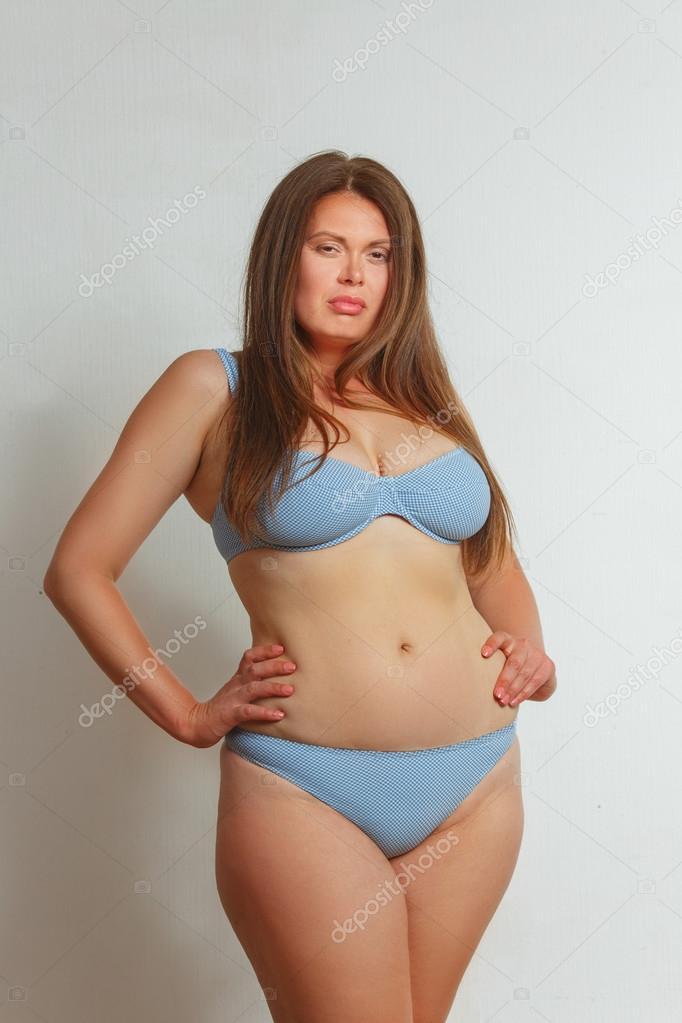 Dicke Frauen im Bikini