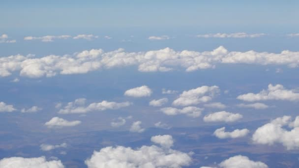 Přelet nad mraky.