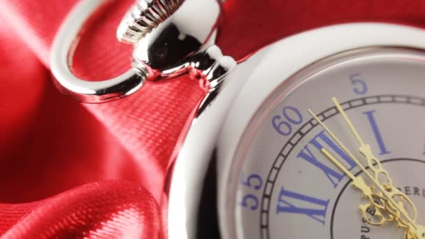 vecchio orologio da tasca argento