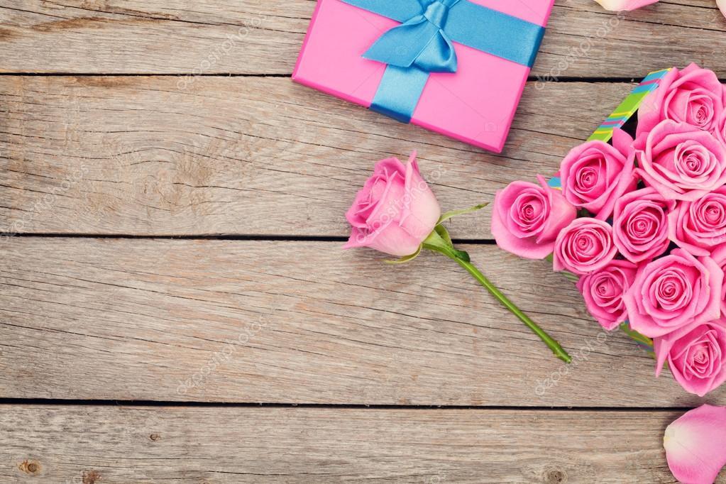 Fondo De Pantalla Dia De San Valentin Regalo Con Rosa: Día De San Valentín Fondo Con Caja De Regalo