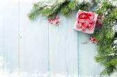 Vánoční dárkové krabice a jedle strom