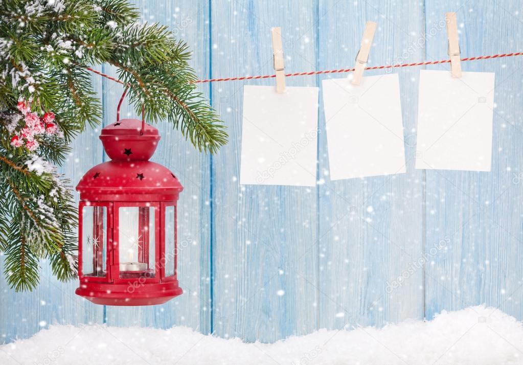 Weihnachten-Kerze Laterne und Foto-Rahmen — Stockfoto © karandaev ...