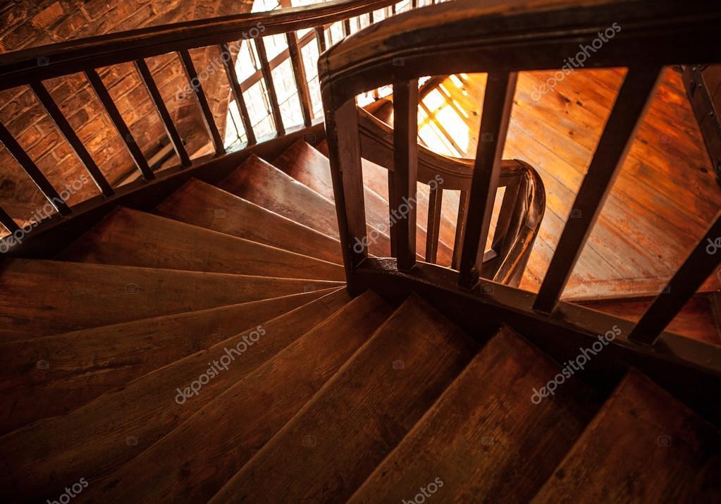 Houten trappen in oud huis u2014 stockfoto © innervision #84494948