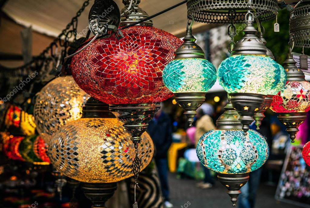 Lampade Orientali Colorati Da Vetro Foto Stock C Innervision 90850646