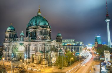 Amazing night colors of Berliner Dom