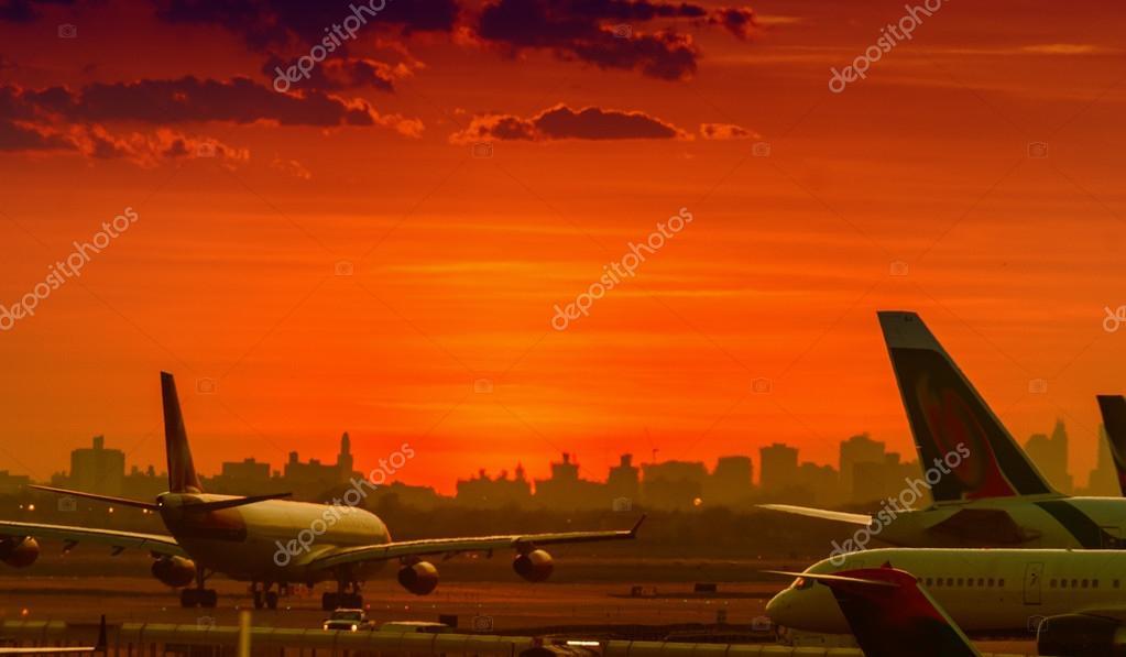 Aircraft on runway track