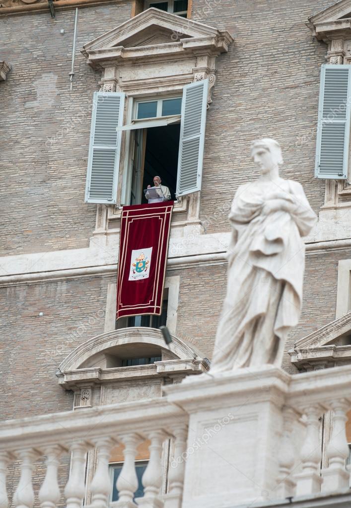 VATICAN - MAY 18: Pope Francis I, born Jorge Mario Bergoglio, du