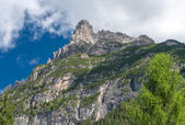 Nádherné letní panorama Alp