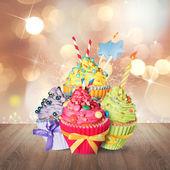 Fotografie Barevné sladké Narozeniny koláčky