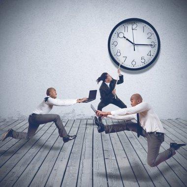 Boss wants maximum speed by employees