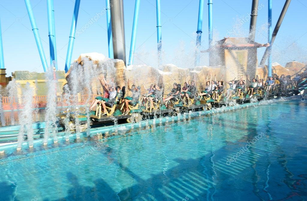Port aventura espagne 26 mai le shambhala rollercoaster dans le parc d 39 attractions de port - Vente privee port aventura ...