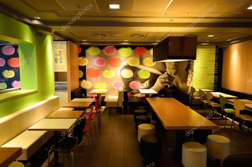 McDonaldu0027s Restaurant Interior U2014 Stock Photo