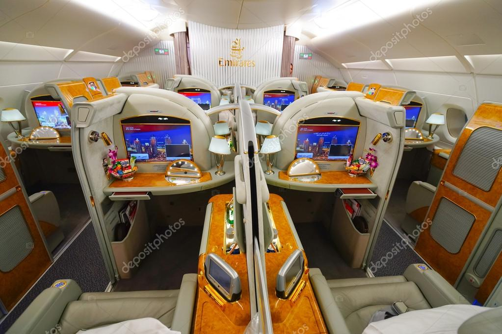 Int rieur de airbus a380 emirates photo ditoriale for Interieur airbus a380