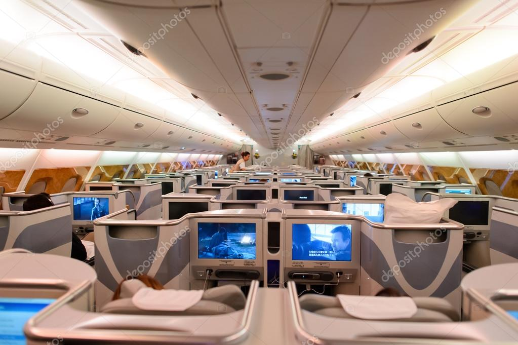 Passengers of airbus a380 stock editorial photo for Avion airbus a380 interieur