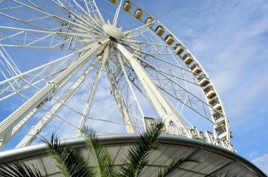Amusement park in Paris downtwn